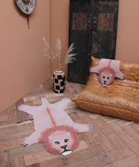 1.45.10.042.030.5-PINKY-LION-LARGE-AND-SMALL-WEB